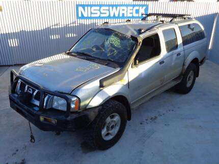 WRECKING Nissan Navara ZD30 4X4 ALL PARTS V:2045