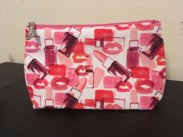 Clinique makeup bag BNWT | Bags | Gumtree Australia Joondalup Area - Craigie | 1155405073