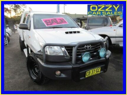 2014 Toyota Hilux KUN26R MY14 SR (4x4) White 5 Speed Automatic Cab Chassis