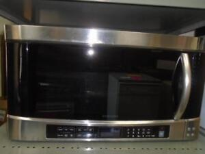 SAMSUNG BUILT-IN MICROWAVE / MICRO-ONDES ENCASTRE SAMSUNG