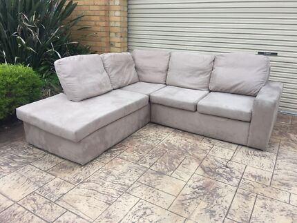 DELUXE SOFA+ CHAISE 4 SEATER CORDUROY - THE DENVER
