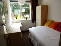 Two rooms- Kenmore Dr, Filton - Close to Airbus and Southmead Hospital, room to rent