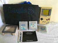 Gameboy in gamers case with games