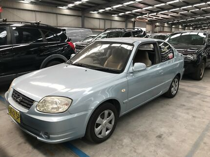 2004 Hyundai Accent Automatic Hatchback