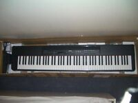 Yamaha p90 electric keyboard - weighted keys