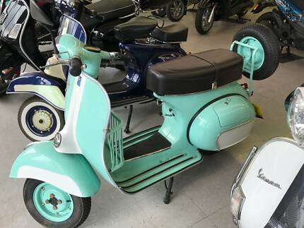 1963 Vintage Vespa - Mint Green