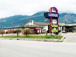 HOTEL FOR SALE IN VALEMOUNT
