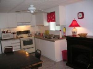 Wasaga Beach House for Rent (3BR) - Monthly