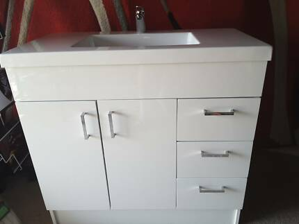 Bathroom Vanities Yatala bathroom vanity units 900 in yatala 4207, qld | gumtree australia