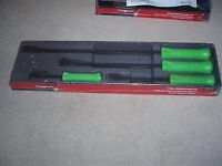 Snap on green pry bar set brand new tools