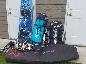 Quiver complet 2 Kite RPM(1 NEUF), planche, harnais, control bar