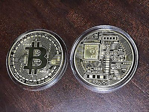 Bitcoin Gold Plated Physical Coin Collectible BTC Cryptocurrency