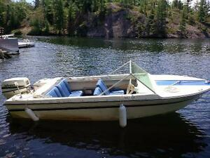1969 Grew SS 140 Boat with 1998 40HP Johnson motor, plus trailer