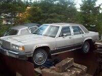 Ford Grand Marquis LS, auto antique, voiture de collection