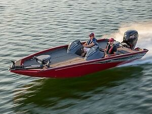 2018 Lowe Boats Stinger 198 Dual Console Bass Boat