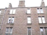 2 bedroom flat in Smith Street, Dundee