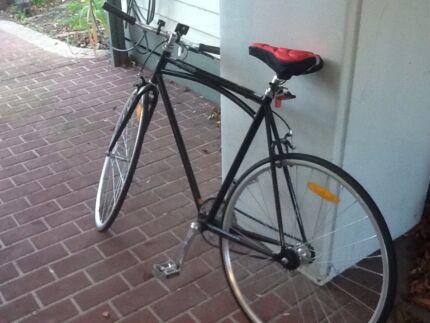 Fluid fixed wheel bike