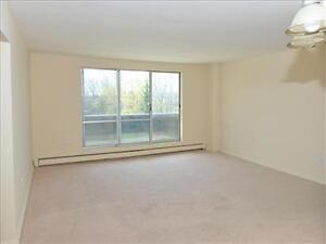 Fairway Rd and Courtland Rd: 37 and 49 Vanier Drive, 1BR Kitchener / Waterloo Kitchener Area image 13