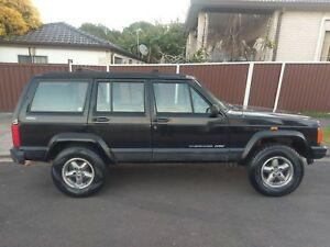 Nice jeep 4x4 camper 6 month rego full equipped Sydney City Inner Sydney Preview
