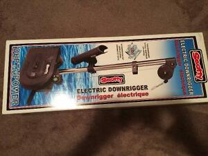 Scotty model 1099 electric downrigger
