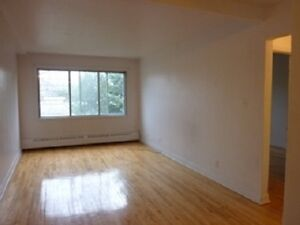 LARGE 1BR & 2BR in COTE ST LUC. We pay for heating