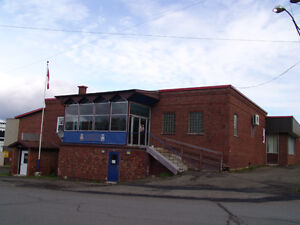 Commercial bldg for sale / Bldg commercial à vendre Dalhousie