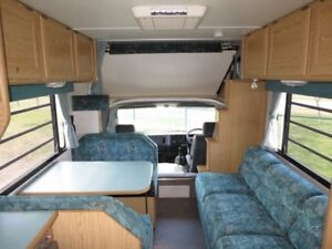 Winnebago Leisure Seeker – HUGE LIVING AREA – LOW KMS
