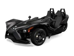 2017 Polaris Slingshot Slingshot Gloss Black