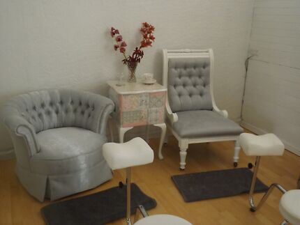 Ladies And Gentlman Chairs