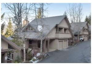 Private 2 bedroom town home from Oct 1 - Nov 31 CREEKSIDE