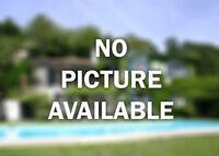 Desirable Area In Oakville! W3261039