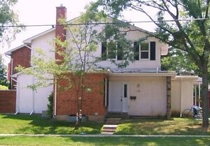 4 BEDROOM CONDO TOWNHOUSE CURRENTLY BEING RENTED $2200 / MONTH Kitchener / Waterloo Kitchener Area image 6