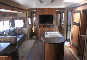 2015 29' Spree Connect travel trailer for sale