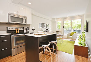Luxurious Extended Stay Rentals! Fully Furnished- Centretown!
