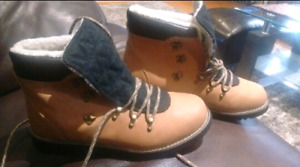 """Brand new boots . """"Call it spring"""" size 11 women"""
