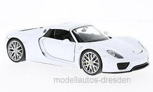 Welly-24055-Porsche-918-Spyder-cerrado-blanco-escala-1-24-Coche-a-NUEVO