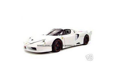 Ferrari Enzo Fxx - FERRARI ENZO FXX ELITE EDITION WHITE 1:18 DIECAST MODEL CAR BY HOTWHEELS L7128