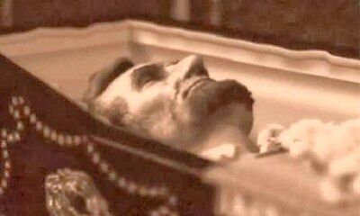 Abraham Lincoln   Close Up Of Lincoln In His Casket