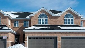 Middle Unit Townhouse in Arnprior with over 2150 sq. ft.