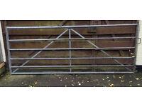 Five Bar Rust Resistant Gate