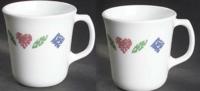 2 Corelle QUILT Coffee Cocoa Mugs Retired 1994 Corning Pattern Hearts & Diamonds