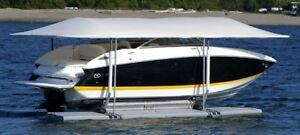 Boat lift for sale - Excellent condition - SUNSTREAM FLOATLIFT