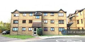 2 bedroom flat in Cornmow Drive, London, NW10 (2 bed) (#1232456)