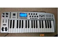 M-Audio Ozonic 37 Key Audio/Midi Interface Controller