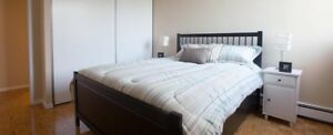 Clean rooms for rent for females immediately!!