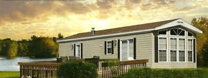 2015 PARK MODEL SITUATED ON WATERFRONT LOT, GRAND LAKE, NB