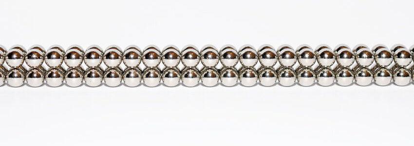 Haftet gut auf Metalltafeln Neodym Magnete in gross und klein