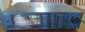 Onkyo stereo quartz synthesized tuner amplifier $150