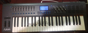 M-Audio Axiom 49 keyboard with stand