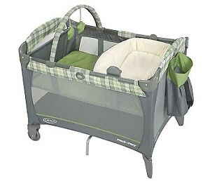 Graco Pack 'n Play Playard with Reversible Lounger & Changer